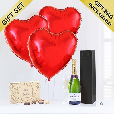 Hearts With Champagne and Luxury Chocolates Code: JGFV854PRBCC | Local Delivery Or Collect From Shop Only