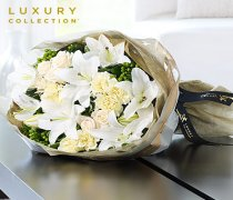 Luxury Oriental Lily and Rose Hand-tied : Code: LU10021MI