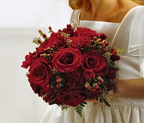 Scarlet Rose & Berry Bridal Bouquet Code: W1600