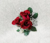 Triple Red Rose Corsage Code: W19011RE