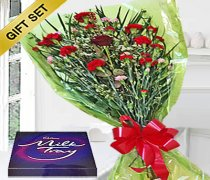 Sweet Heart Bouquet with a 350g box of Milk Tray Chocolates Code:JGFV989SGHMTC | Local Delivery Only