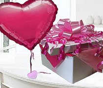 Cerise PInk Heart balloon in a box Code: JGF3266CPHBB