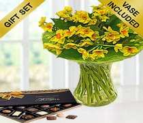 Spring Sol d'or Perfect Gift with a Box of Luxury Chocolates Code: JGFSP24578SLC (Local Delivery Only)