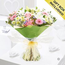 Country Garden Hand-tied Code: JGFC04901MS | Local Delivery Only
