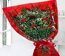 Red Sweet Heart Bouquet Code:JGFV989RRSHB ( Local Delivery Only )
