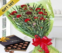 Sweet Heart Bouquet With A Box Of Luxury Chocolate Truffles Code:JGFV989SGHBCT | Local Delivery Only