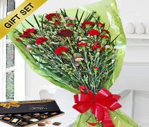 Sweet Heart Bouquet With A Box Of Luxury Chocolates Code:JGFV989SGHBC | Local Delivery Only