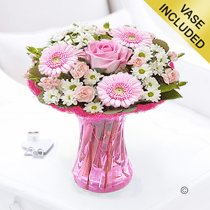 Cotton Candy Vase Arrangement Code: JGFC00281PS