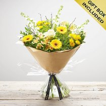 Lemon Drizzle Hand-tied Code: S33241MS | National and Local Delivery