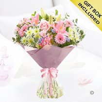 Happy mother's day hand-tied Code: JGFM475HMHT | Local Delivery Or Collect From Shop Only