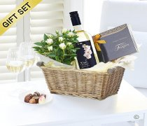 Luxury White Wine Gift Basket Code: JGFW00791WG | Local Delivery Or Collect From Shop Only