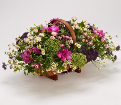 Country Garden Basket Code: TR103  Pink / Blue