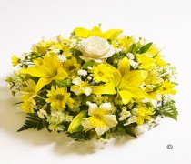 Classic Mixed lemon and White Posy Code: JGFF4140LPYW | Local Delivery Or Collect From Shop Only