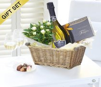 Luxury Nua Prosecco Gift Basket Code: JGFC0971PGB | Local Delivery Or Collect From Shop Only